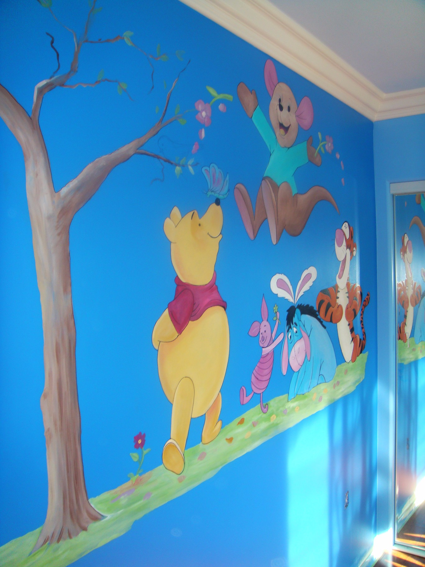 painted wall murals for kids